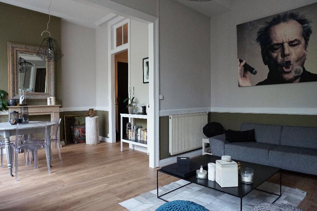 Vente appartement 59000 Lille - Lille Centre - Superbe T2 entièrement rénové