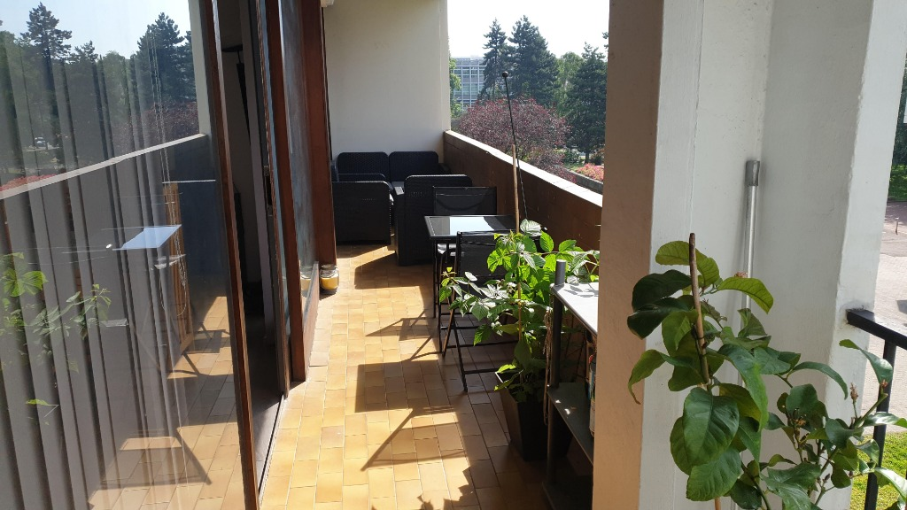 Vente appartement 59000 Lille - Type 4 Mairie de Lille parking et terrasse