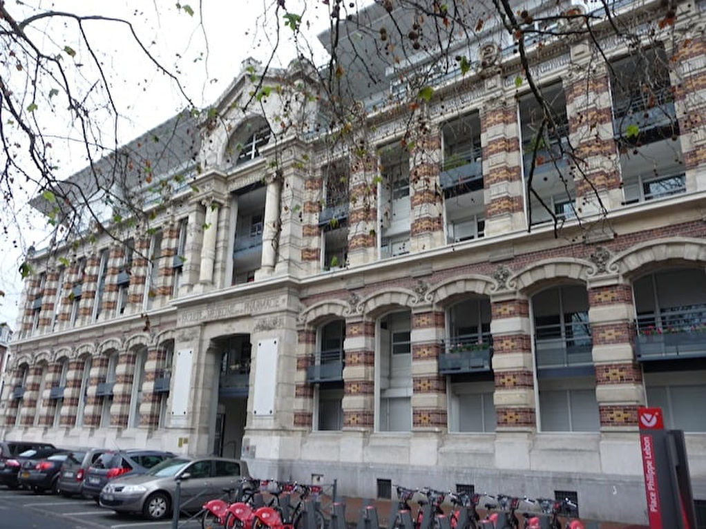 Vente appartement 59000 Lille - Type 4 avec garage Place Philippe Lebon