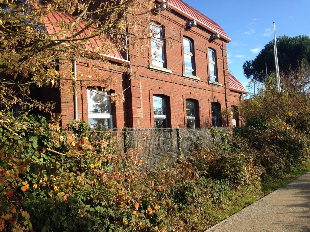 Vente immeuble 59223 Roncq - Immeuble Roncq 7 pièces 215 m2