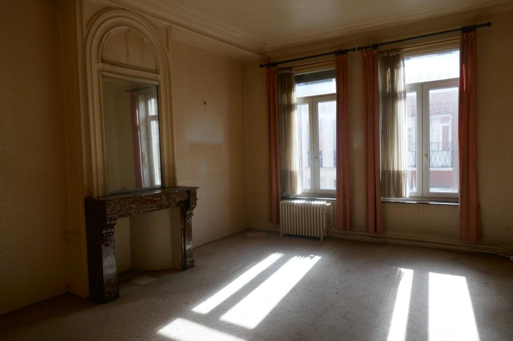 Vente appartement 59000 Lille - Type 3 République Beaux-Arts à renover