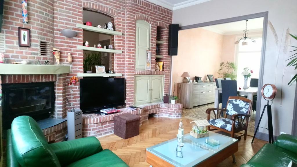 Vente maison 59155 Faches thumesnil - Maison de famille avec jardin plein sud !