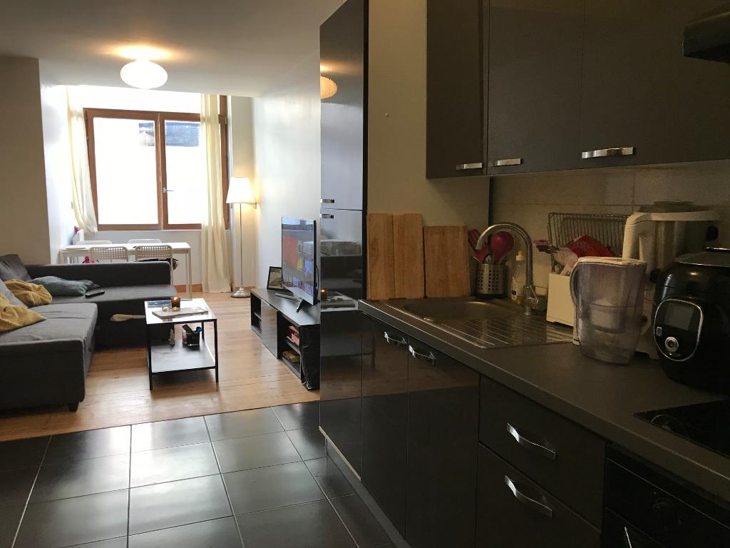Location appartement 59000 Lille - VIEUX LILLE T2 AVEC CUISINE EQUIPEE
