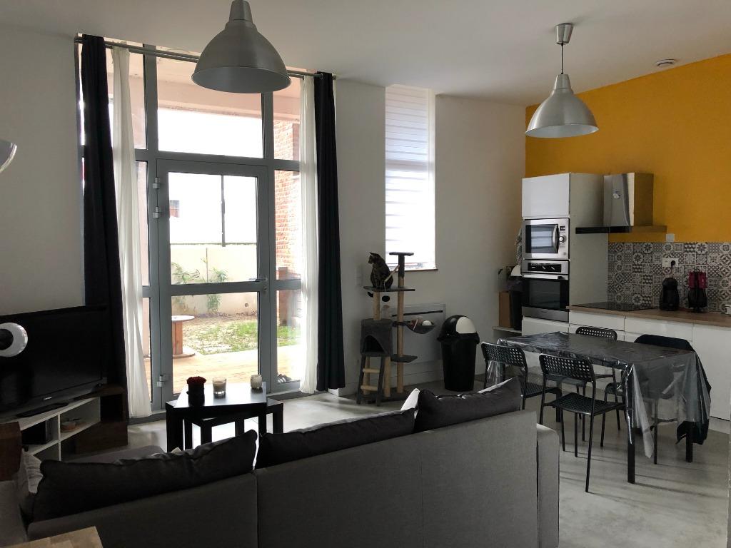 Vente appartement 59000 Lille - Dans une copropriété récente - Appartement de type III