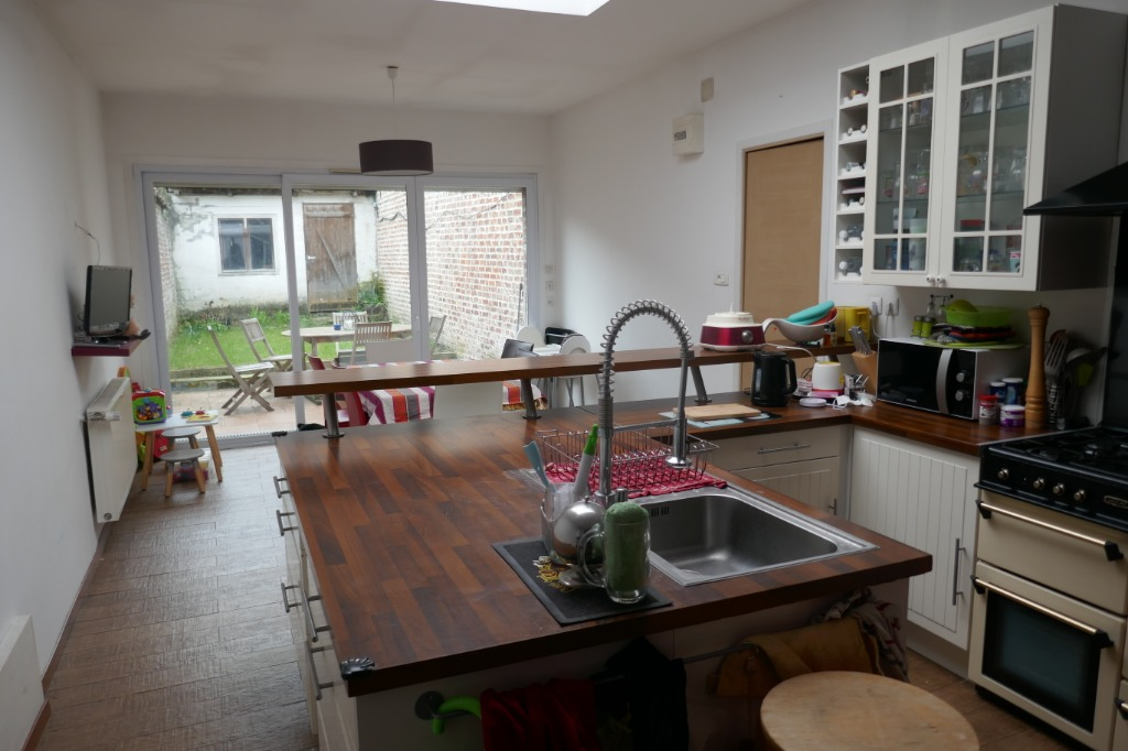 Vente maison 59155 Faches thumesnil - Maison Faches-Thumesnil - 6 pièces - 125 m²