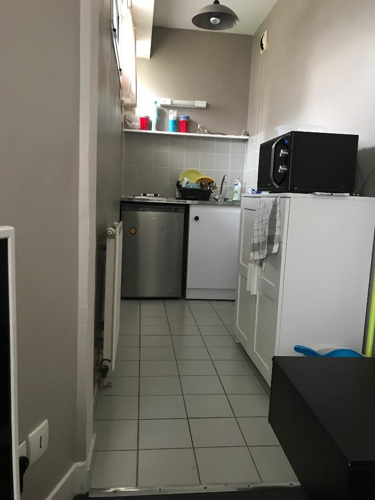 Location appartement 59000 Lille - Beau Studio en résidence sécurisée et calme - République