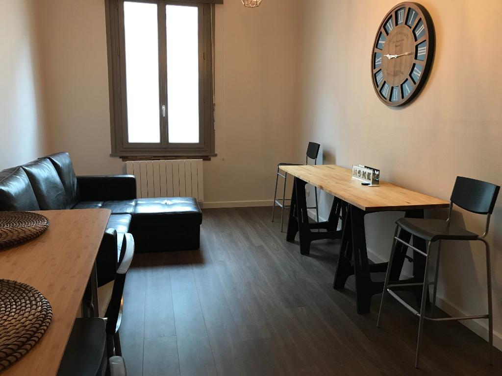 Location appartement 59000 Lille - Lille - T2 bis duplex - 47m² - meublé