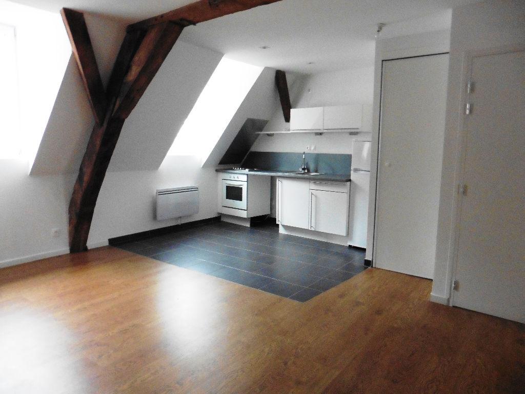 Location appartement 59000 Lille - TYPE 3 NON MEUBLE - RUE DE LA CLEF