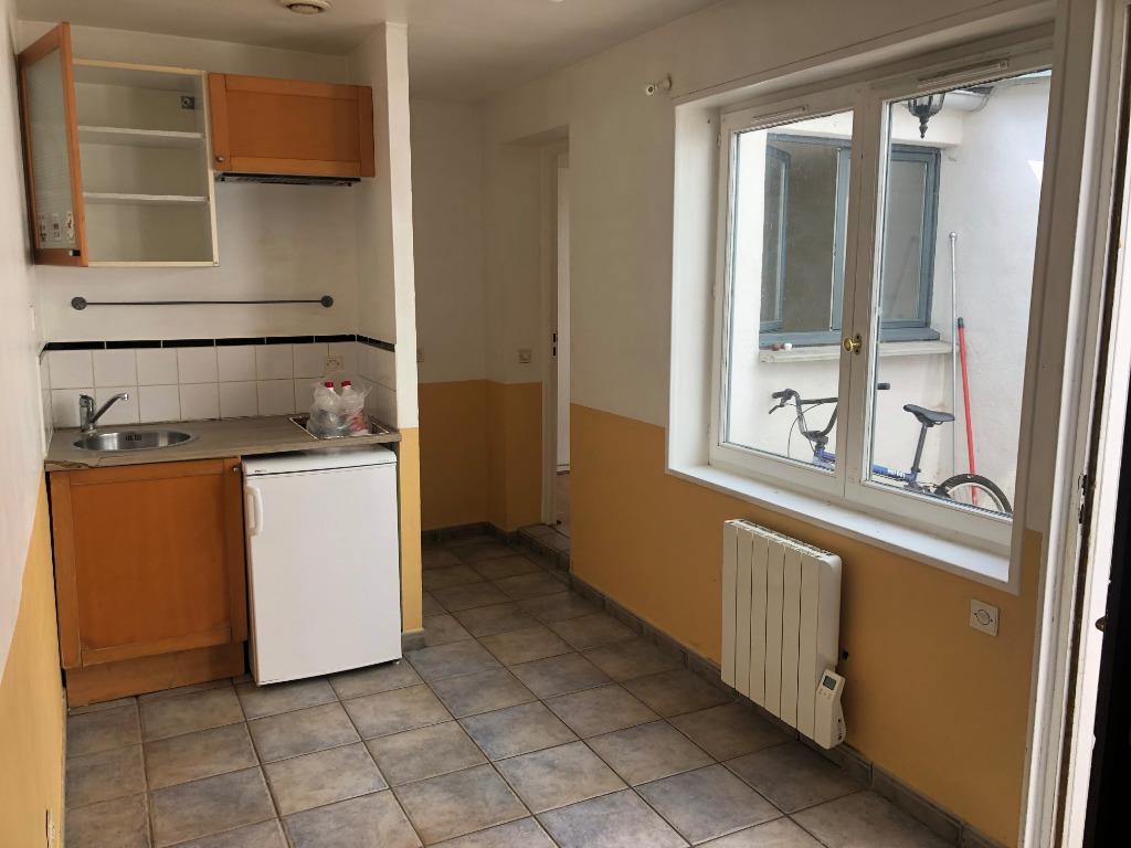 Vente appartement 59000 Lille - T2 avec cour secteur Gambetta