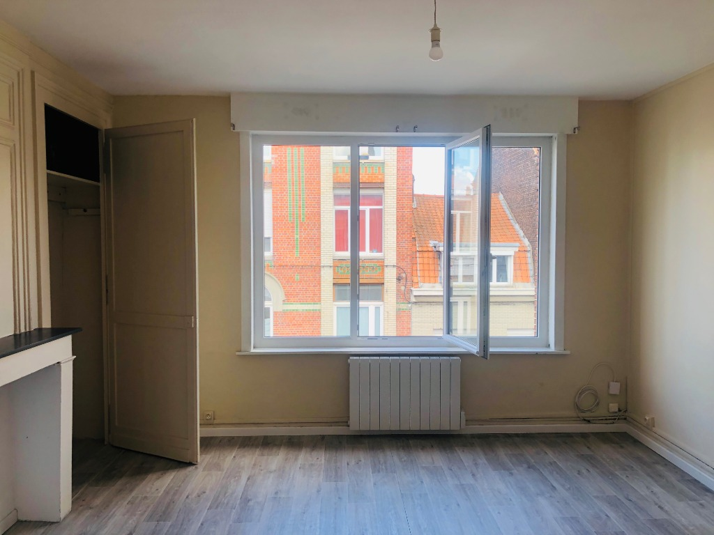 Vente appartement 59000 Lille - Appartement T2 traversant