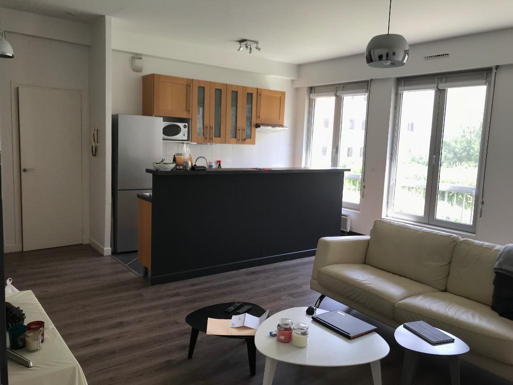 Location appartement 59000 Lille - Place Rihour - Type 3 non meublé de 75m² avec parking