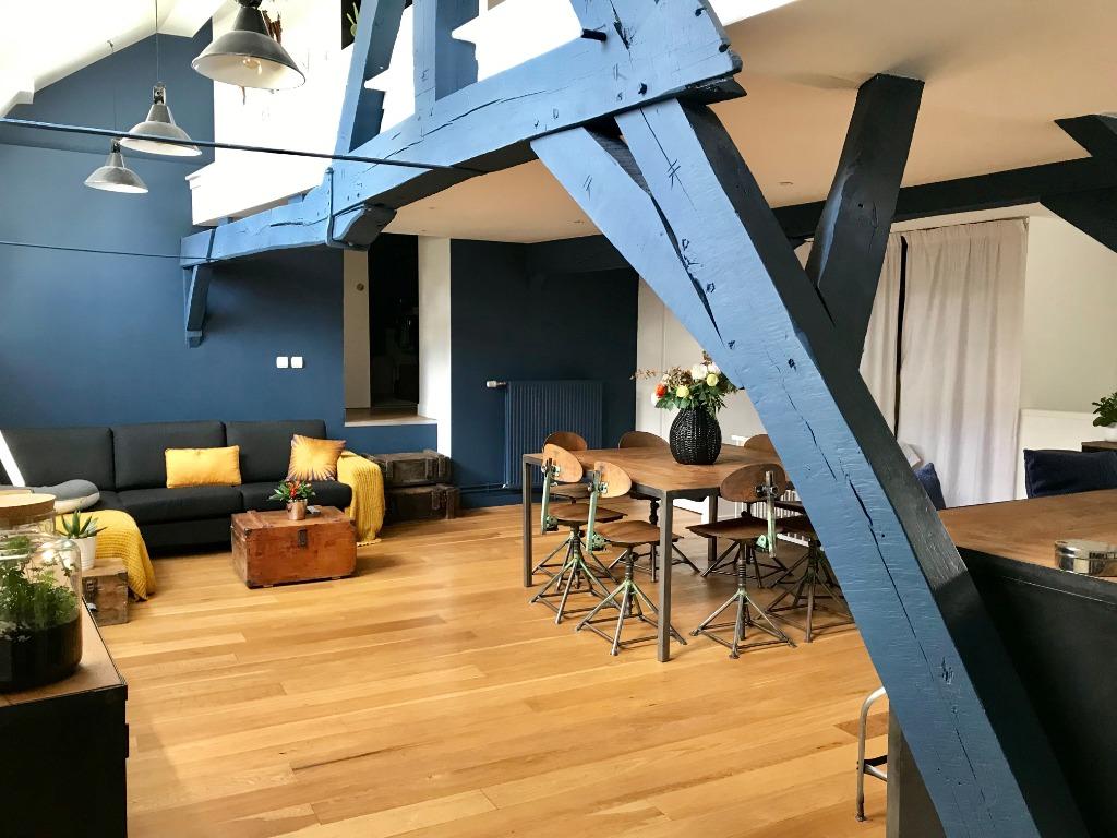 Vente appartement 59000 Lille - VIEUX LILLE - SUPERBE TYPE 4 - TERRASSE