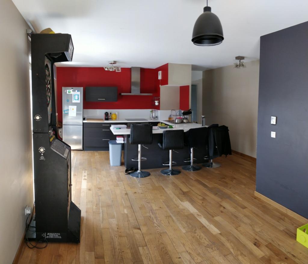 Vente appartement 59000 Lille - T2 récent avec terrasse