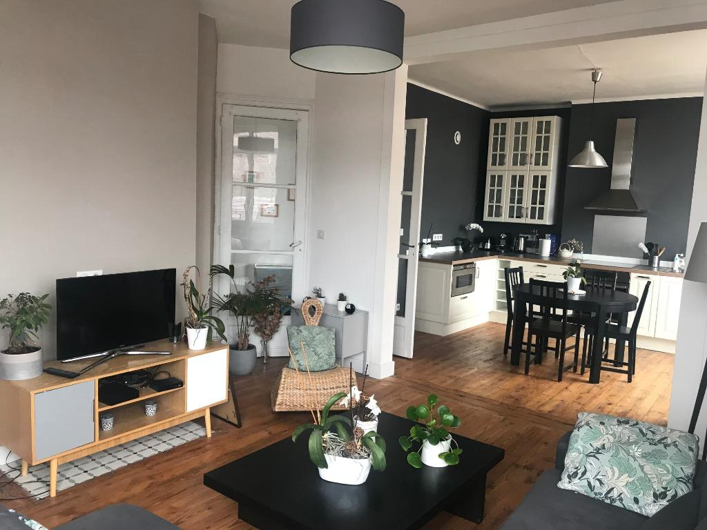 Location appartement 59000 Lille - Type 3 meublé de 71m² - Centre Gares