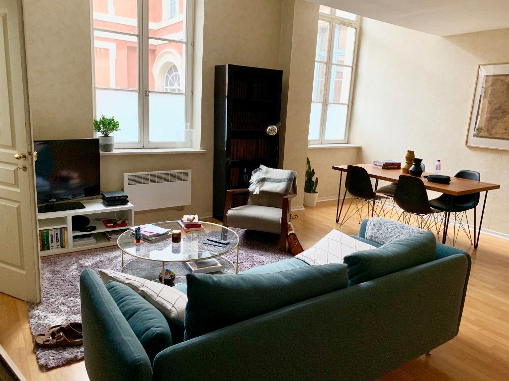 Vente appartement 59000 Lille - Rue Royale T3 bis parking
