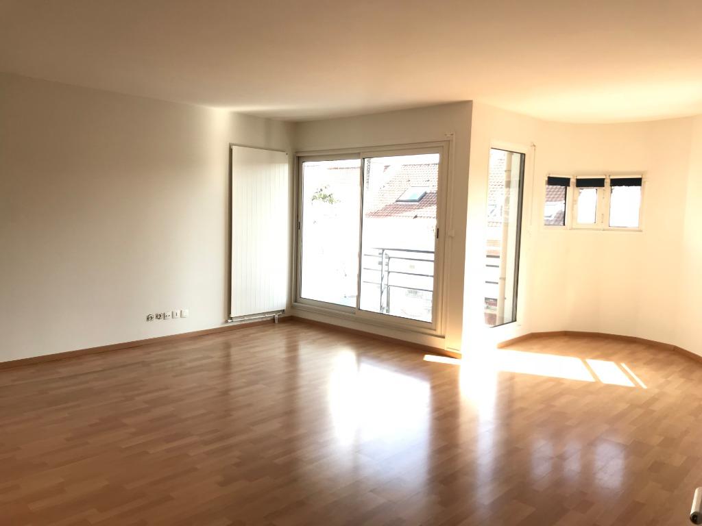Location appartement 59000 Lille - Résidence sécurisée -type 3 rénové de 88m²- Lille République