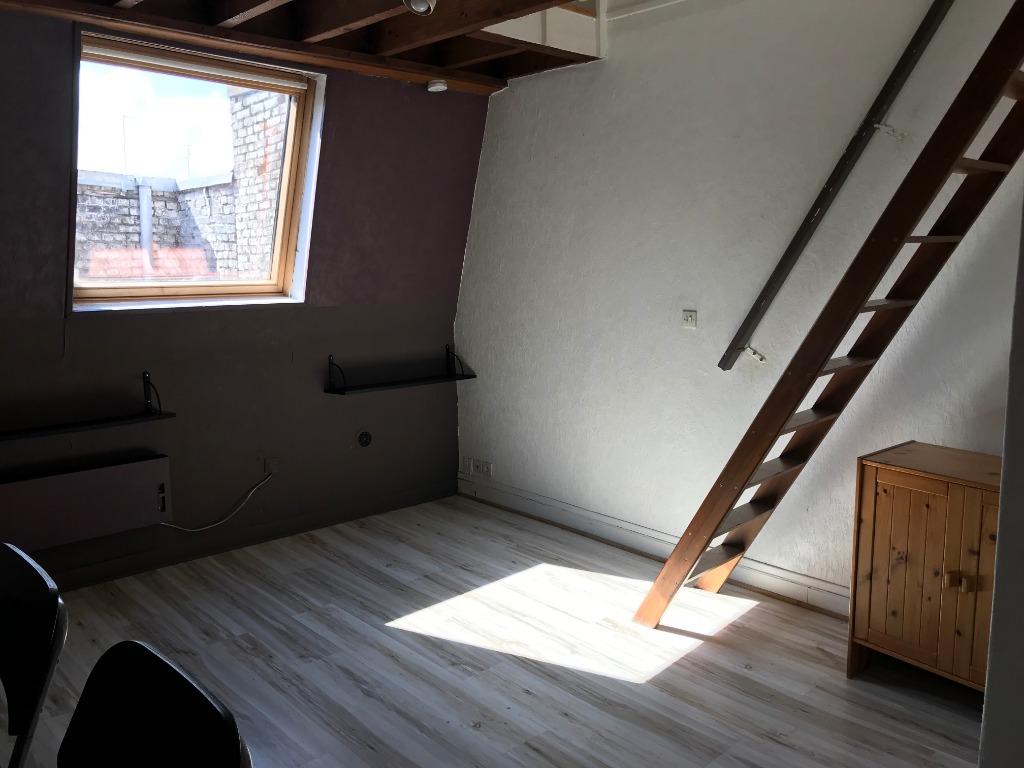 Location appartement 59000 Lille - Lille république  - T2 non meublé -