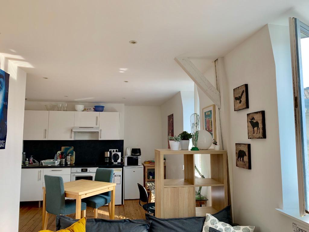 Vente appartement 59000 Lille - Type 2 idéalement placé