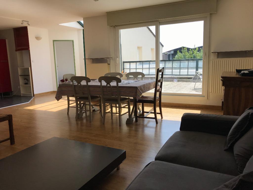 Vente appartement 59160 Lomme - Maison vendue/louée 4 chambres, garage et terrasse