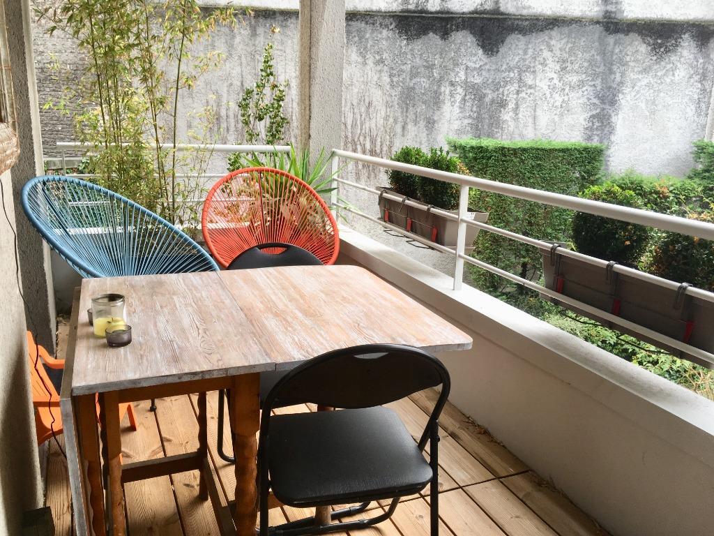 Exclusivité Lille centre - Type 4 Terrasse et Garage
