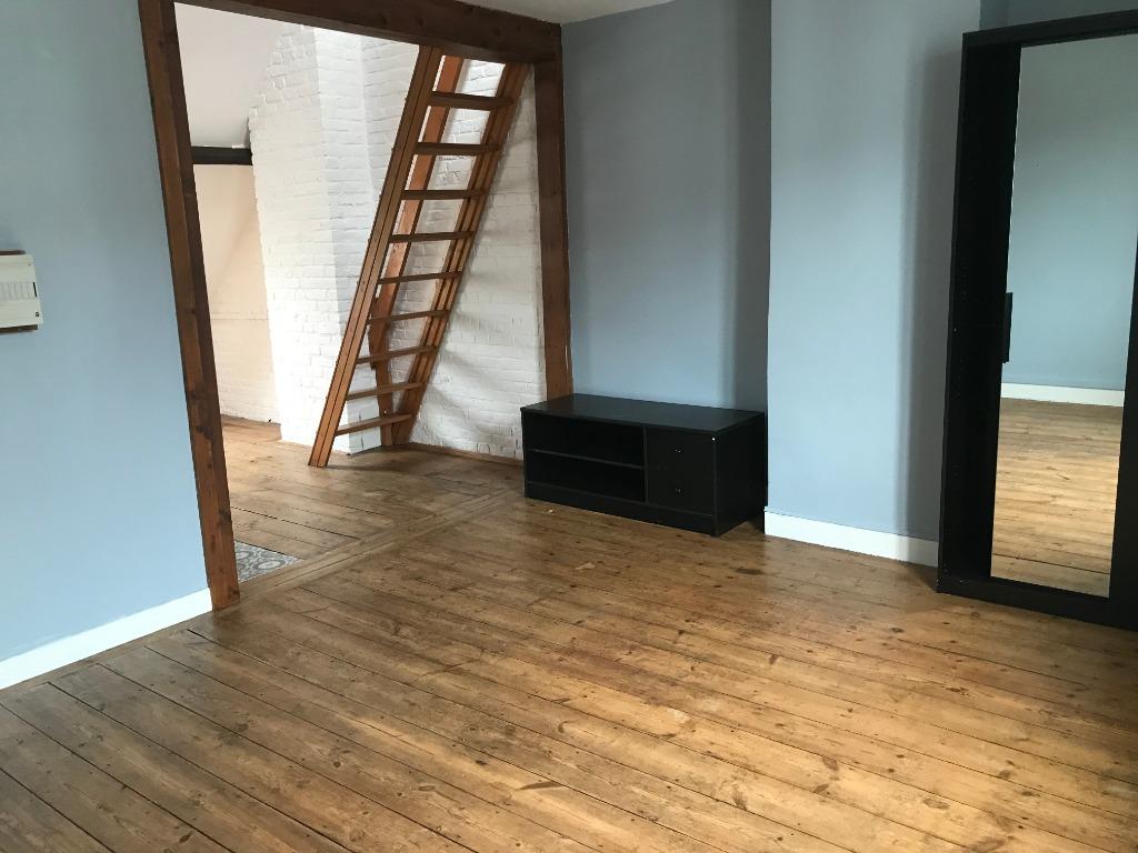 Location appartement 59000 Lille - Lille Jeanne d'Arc - T1 36m²  non meublé
