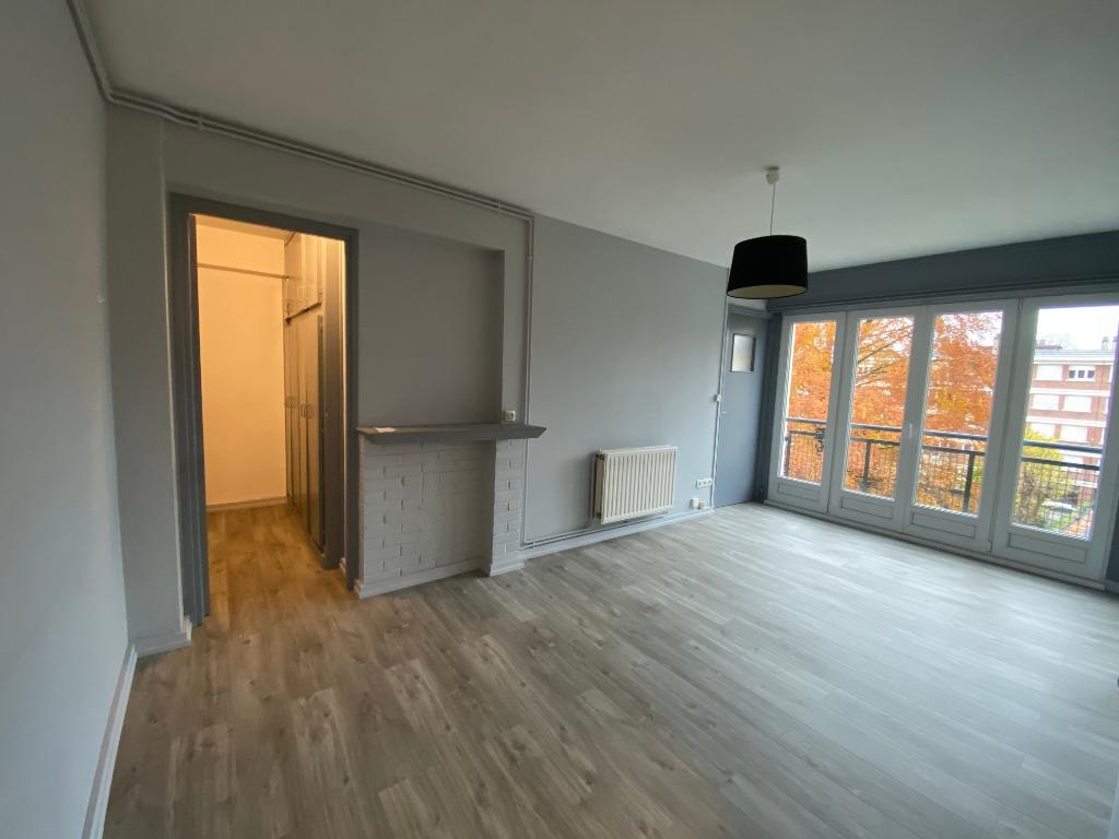 Location appartement 59000 Lille - Bel appartement T2 non meublé de 38.59m²- Calme