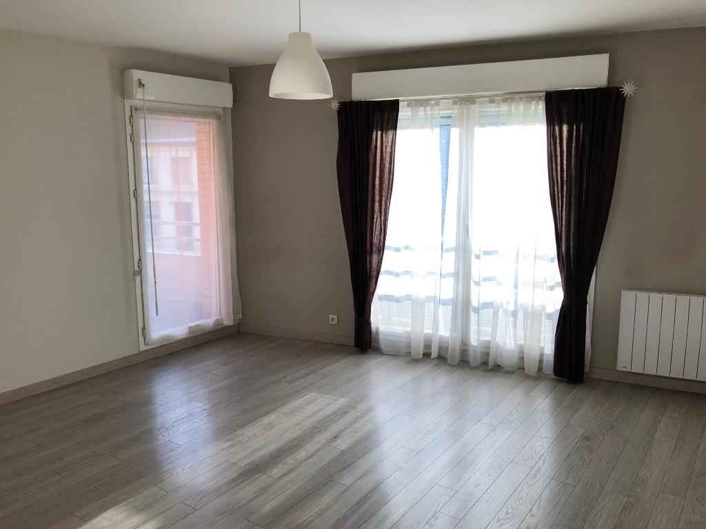Vente appartement 59000 Lille - SECTEUR JB LEBAS - Grand T2 avec parking