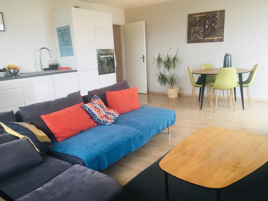 Vente appartement 59000 Lille - Appartement 3 chambres avec Balcon et Parking