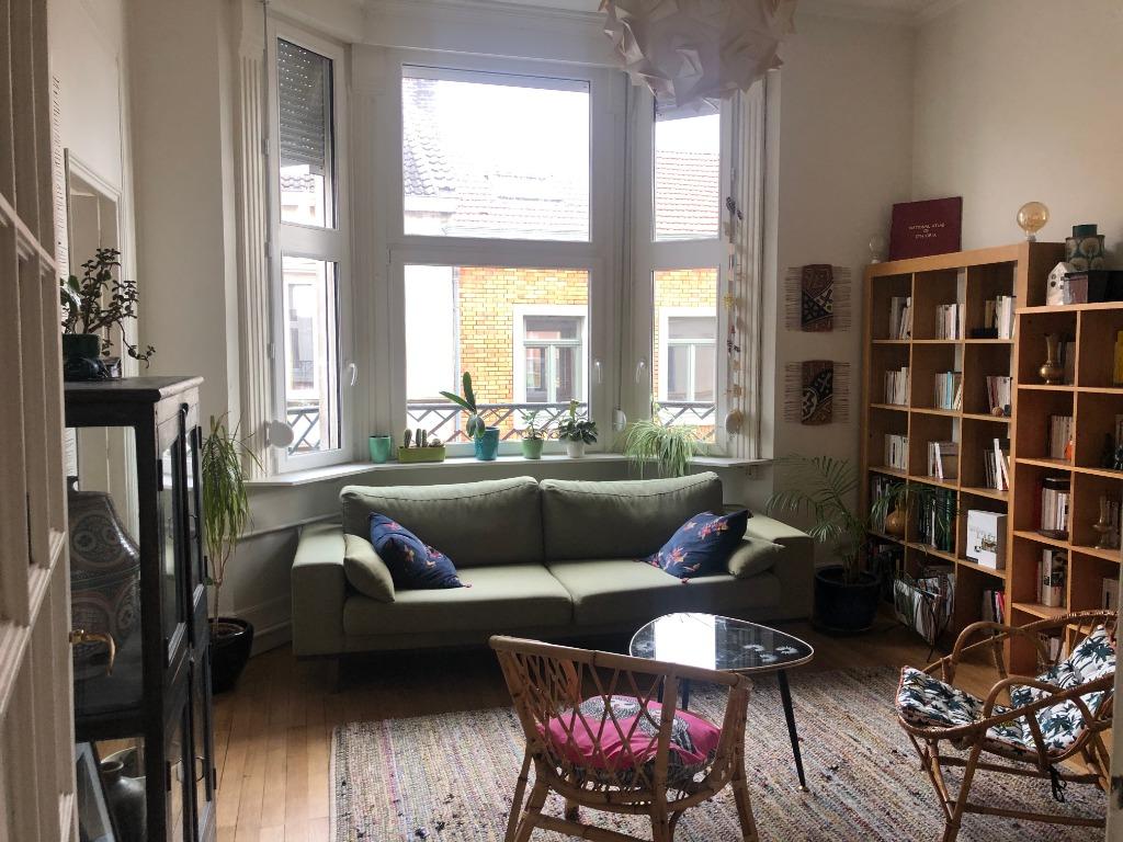 Vente appartement 59000 Lille - Superbe T3 rénové dans l'ancien ! Cachet préservé !