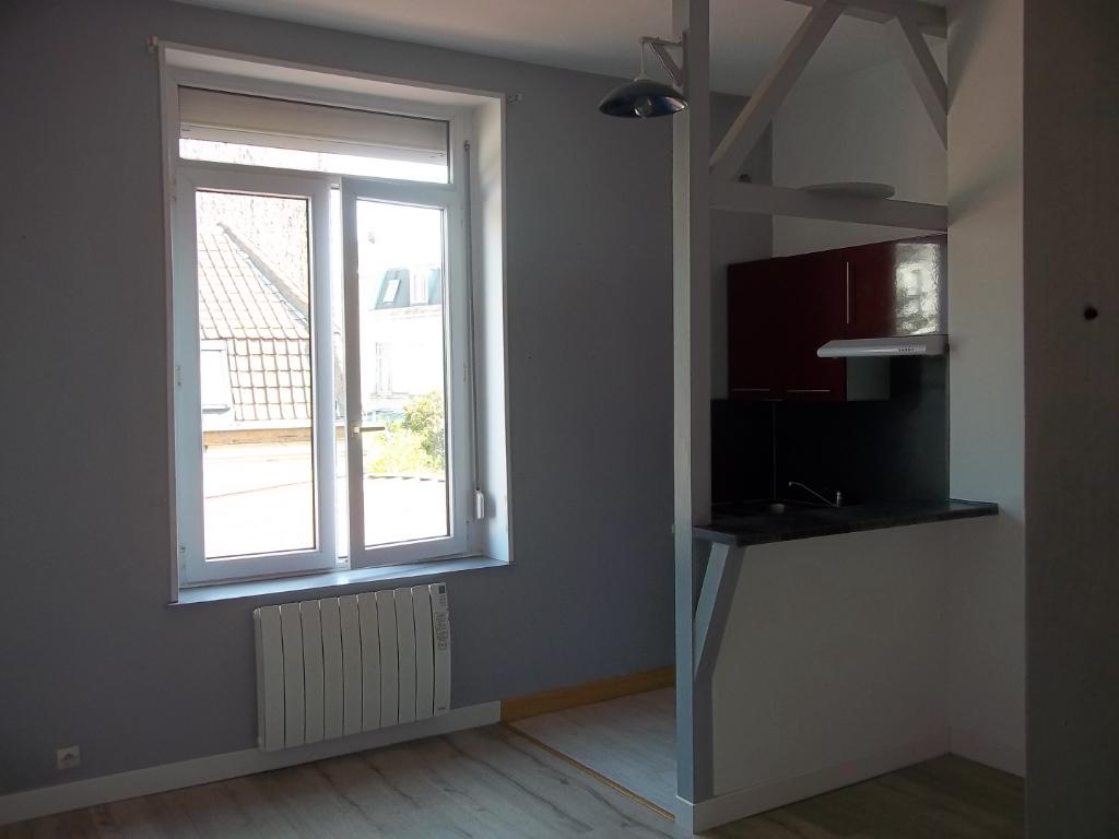 Lille Saint Michel - Type 2 non meublé 30m²