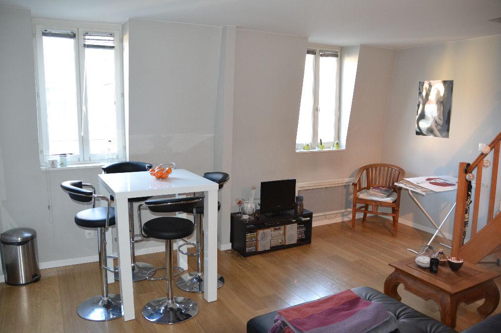 Vente appartement 59000 Lille - Duplex Rénové