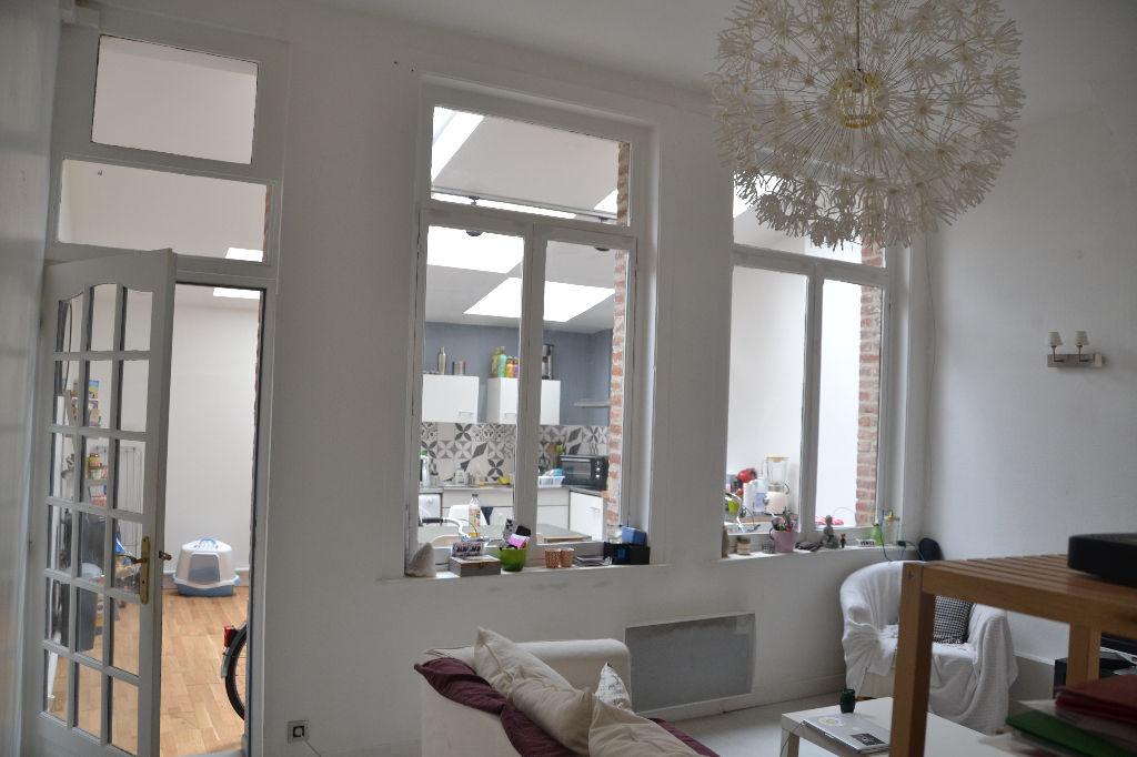 Vente appartement 59000 Lille - T2 à rafraîchir- Centre Ville