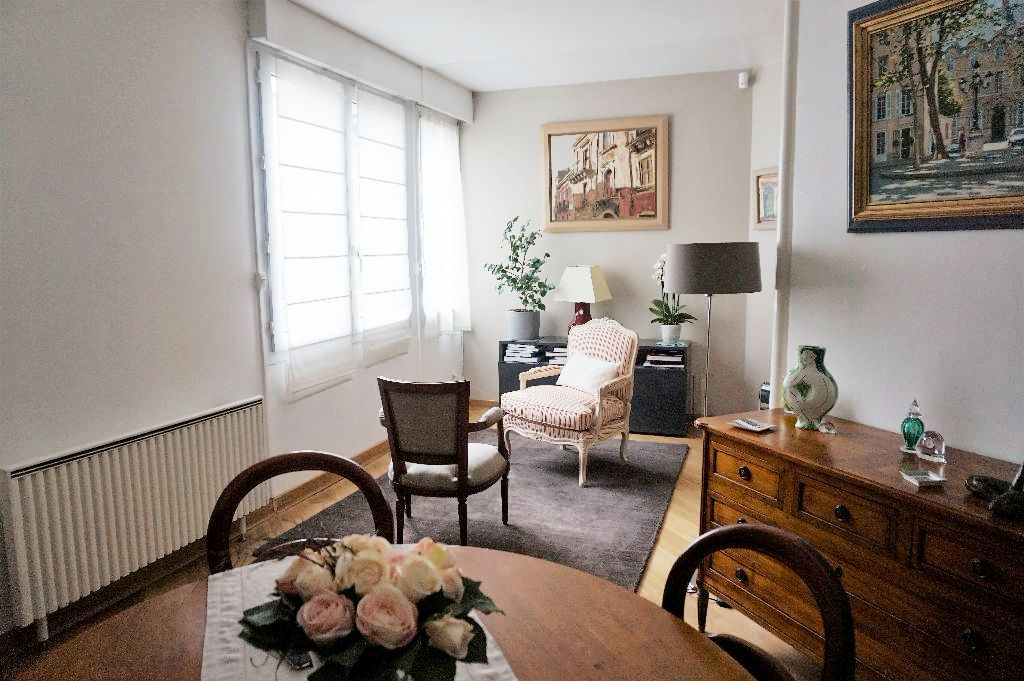 Vieux-Lille - Appartement 4 pièces non meublé de 114m2