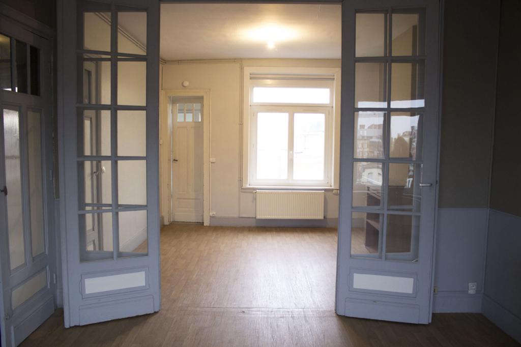 Lille - Type 2 bis non meublé de 61m2