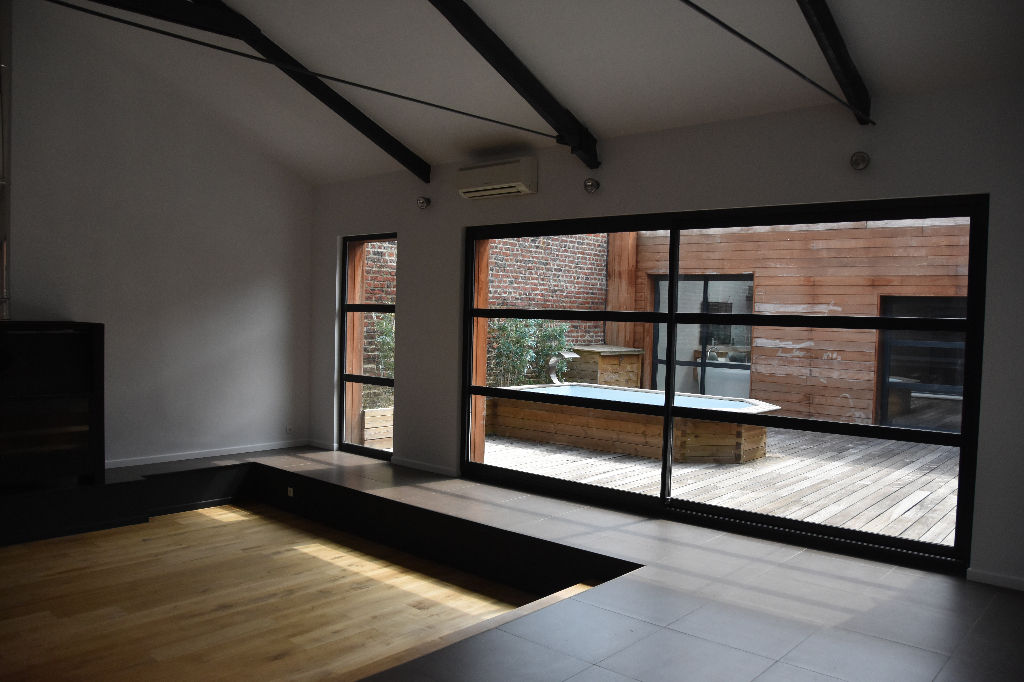 Loft 291 m² avec terrasse