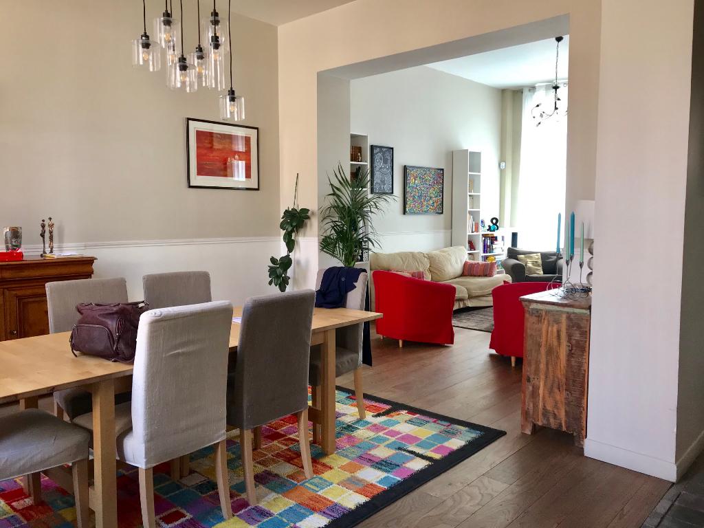 Vente maison 59000 Lille - Maison familiale dans le Vieux Lille