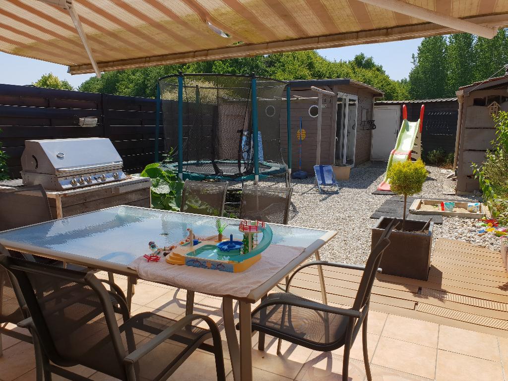 Maison Lecelles avec jardin