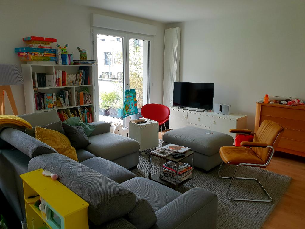 Appartement Type 4 Lille avec terrasse et parking