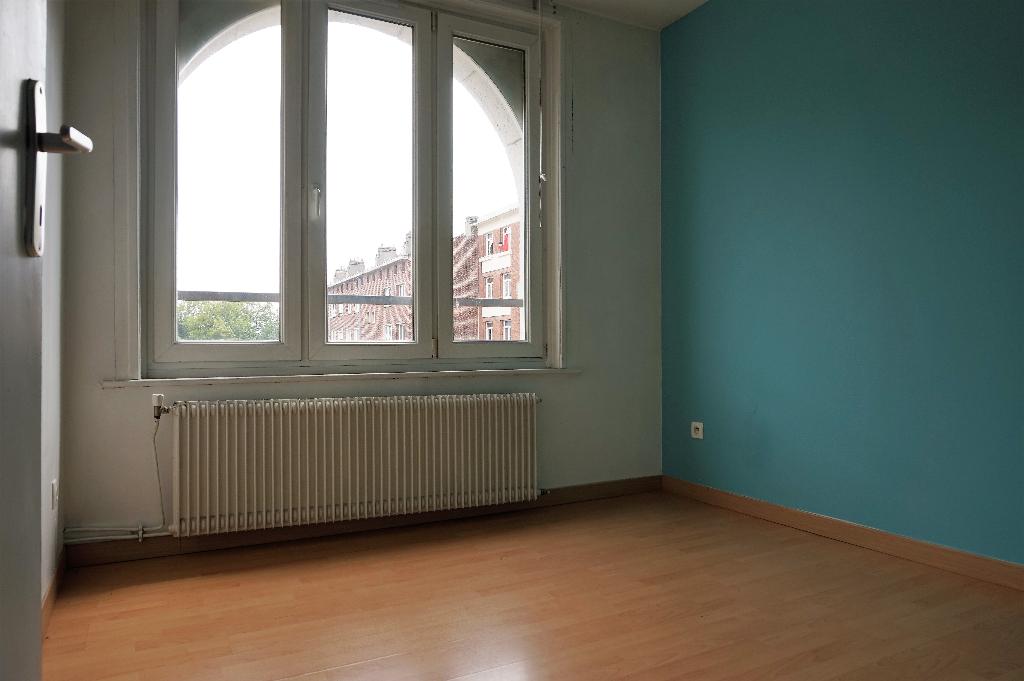 Vente appartement 59000 Lille - Appartement Lille 3 pièces 60 m2