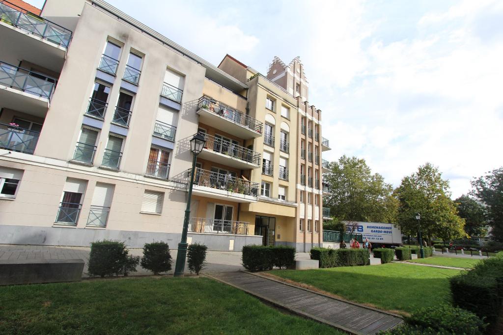 Vente appartement 59000 Lille - Type 3 en résidence récente avec terrasse !
