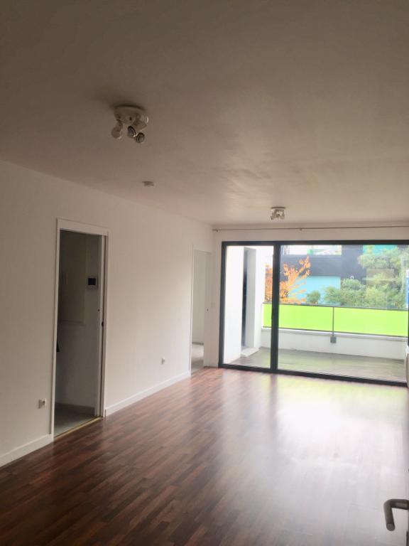 Vente appartement 59000 Lille - Type 2  avec balcon et parking