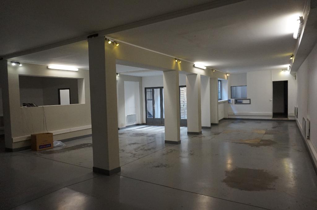 Vente maison 59000 Lille - Local commercial Lille 7 pièces 200 m2