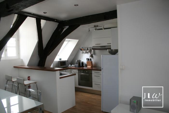 Location appartement 59000 Lille - Vieux Lille - rue Royale - Type 3 meublé