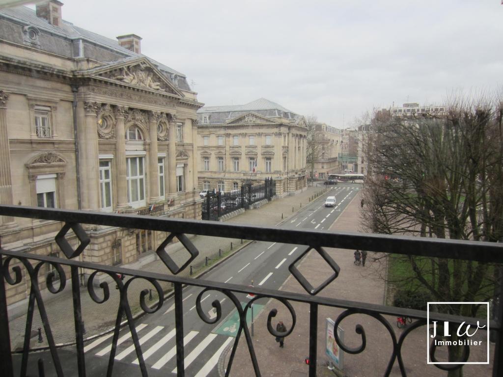 Location appartement 59000 Lille - Lille République - Studio non meublé de 22,87m²