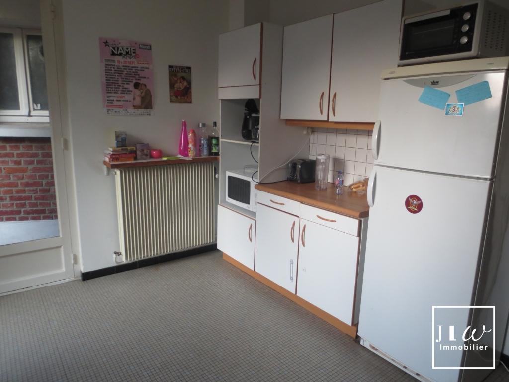Location appartement 59000 Lille - Type 4 de 119.82 m² non meublé avec balcon et parking