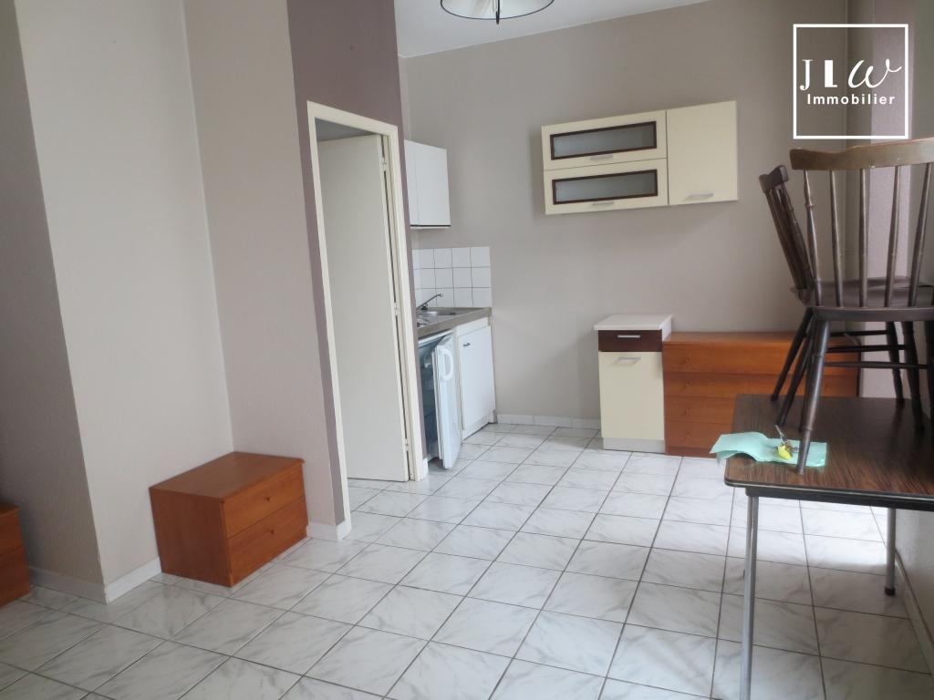 Location appartement 59000 Lille - Lille République St Michel - Type 1 bis de 23 non meublé