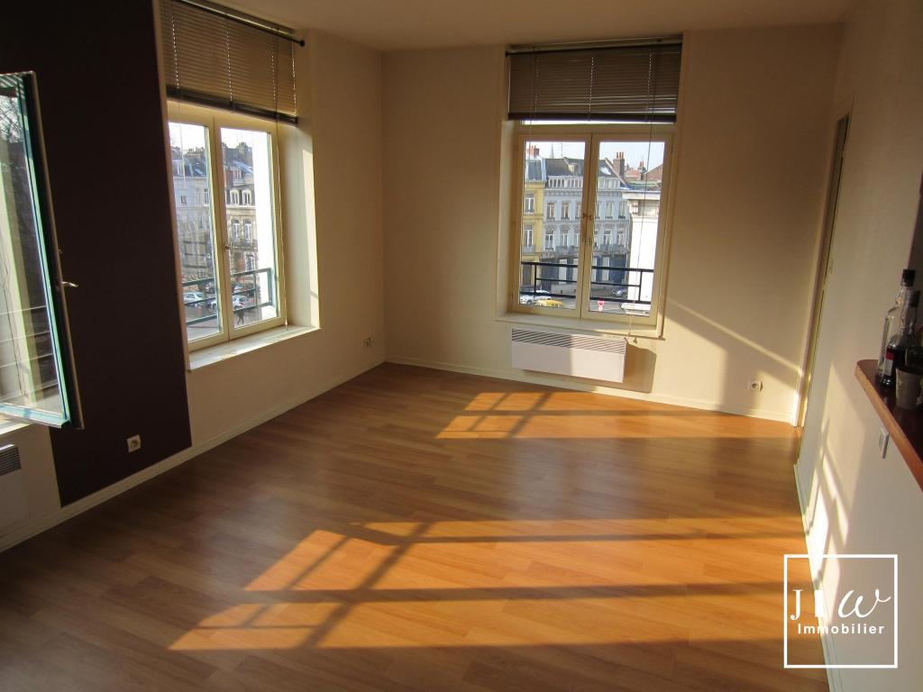 Location appartement 59000 Lille - Lille République - Type 2 de 37m² - Non meublé