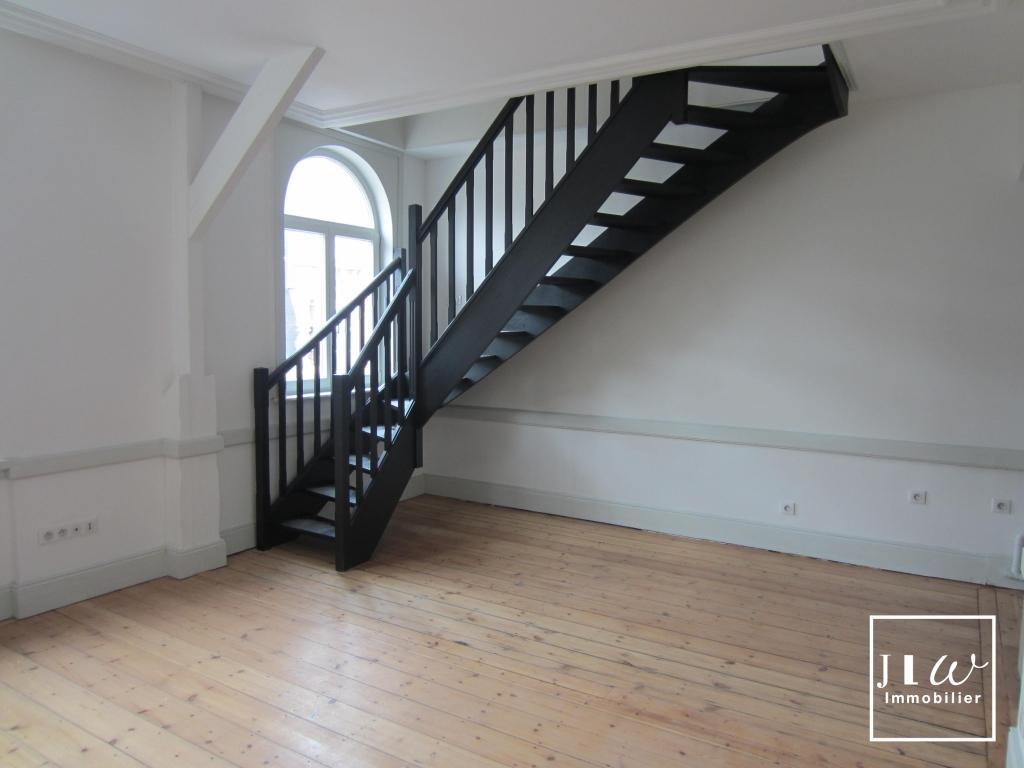 Location appartement 59000 Lille - Appartement Non Meublé 37.75m² - Lille République