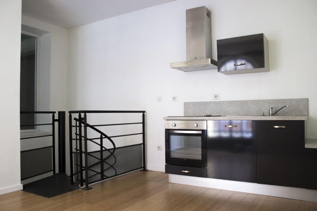 Location appartement 59000 Lille - T2 non meublé - Secteur République - Monument historique
