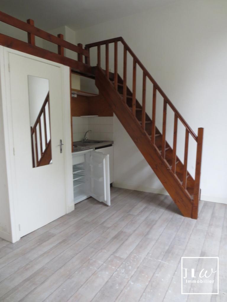 Location appartement 59000 Lille - Lille République - Studio non meublé de 20m² avec mezzanine